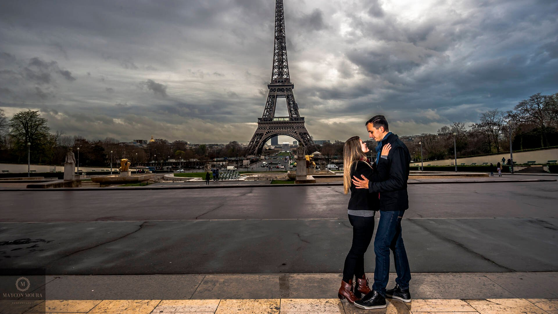 Tour Eiffel de Destination Wedding