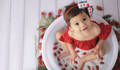 Aurora no seu de Ensaio Milk Bath Baby