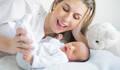Foto New Born Guiseppe de 1ªSessão deGuiseppe e a Mãe Caroline
