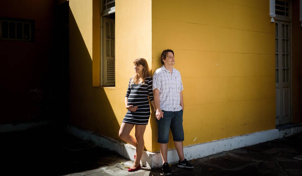 Patrícia e João esperando a de LILY