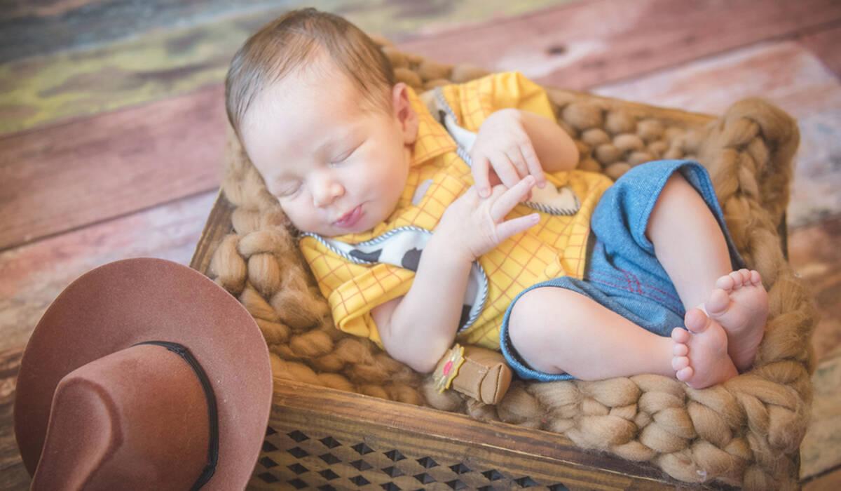 Ensaio Newborn de Newborn do Pedro Otávio, com 6 dias