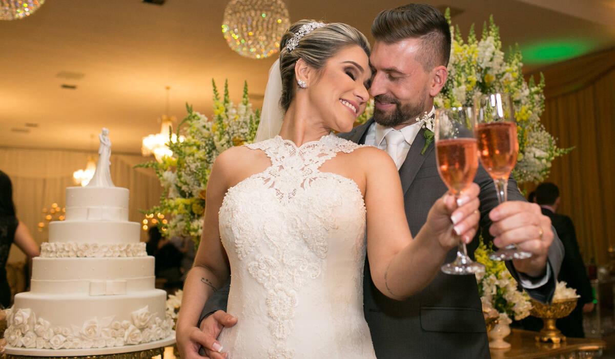 Lívia & Filipe de Recepção de Casamento