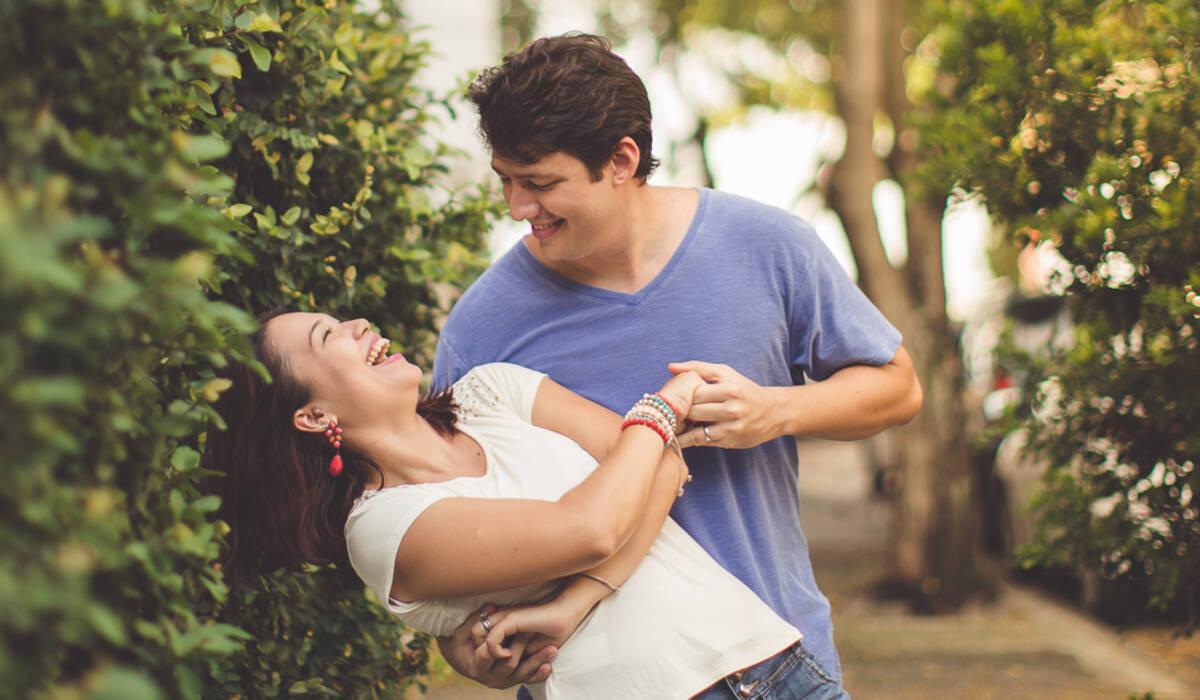 Raízes Entrelaçadas de Vanessa e Roberto