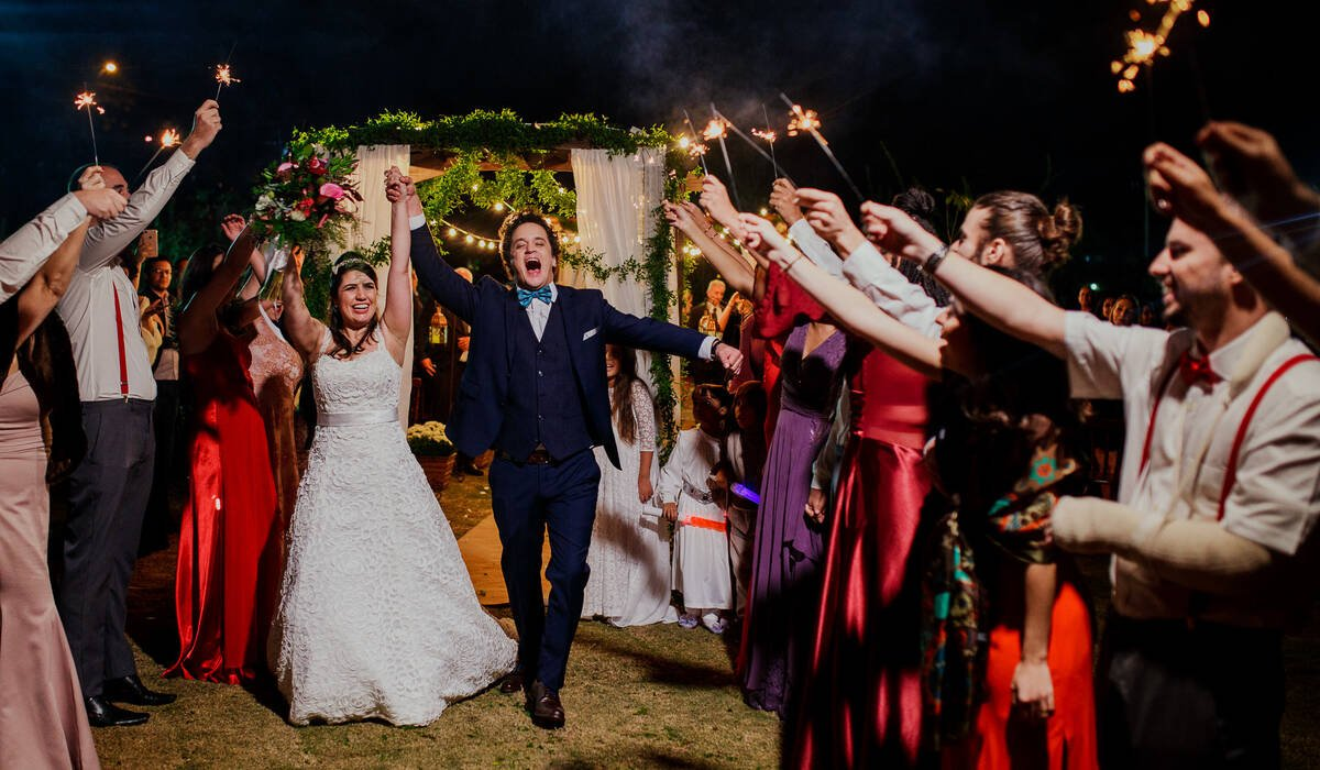 Casamento no campo de Renata e Marcos