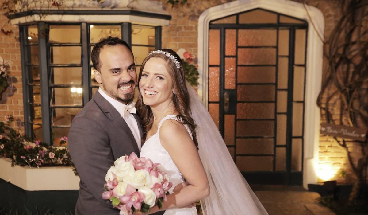 Bruna e Leonardo de Casamento no Buffet