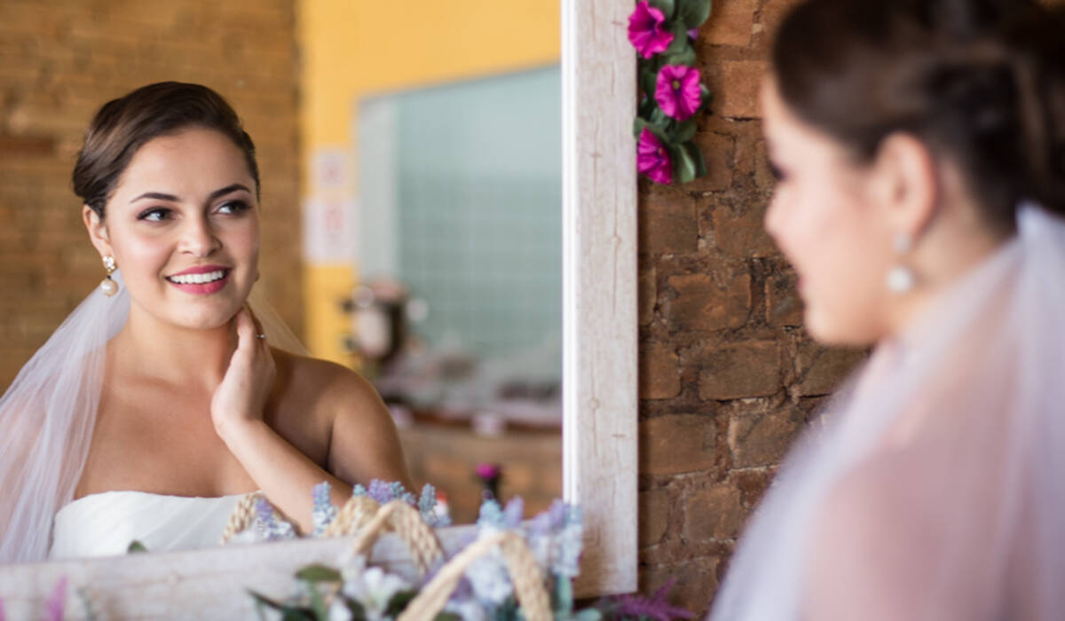 Editorial de Noiva de Julia Alcântara