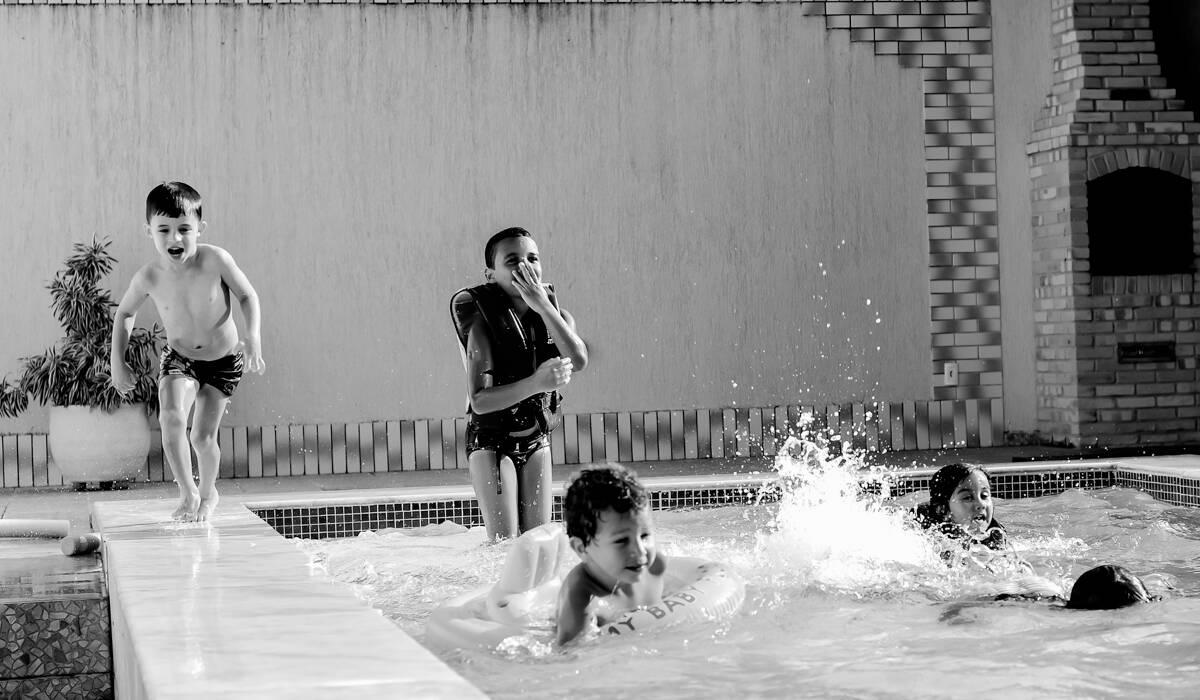 de Aquela tarde na piscina