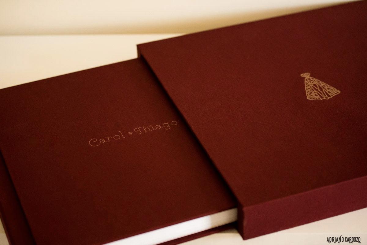 capa e álbum de casamento