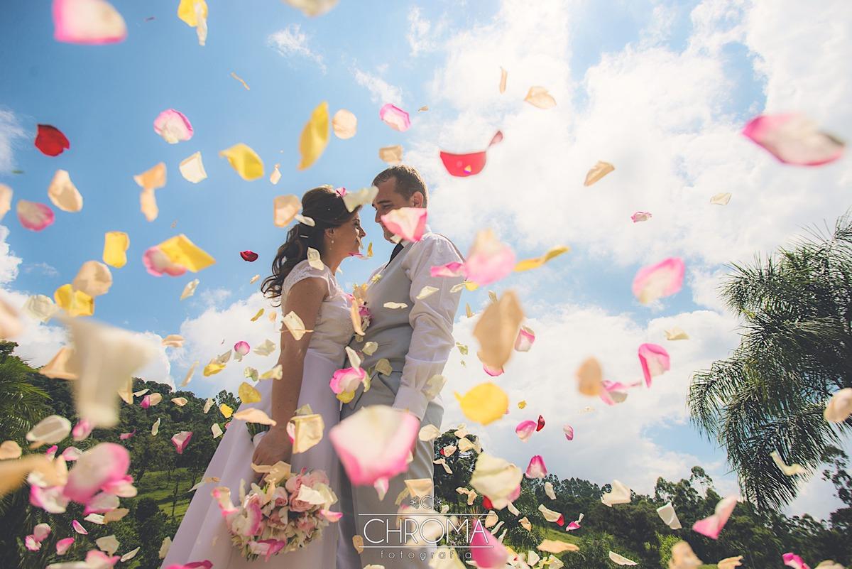Imagem capa - Casamento Ao Ar Livre: E Se Chover? por Chroma Fotografia