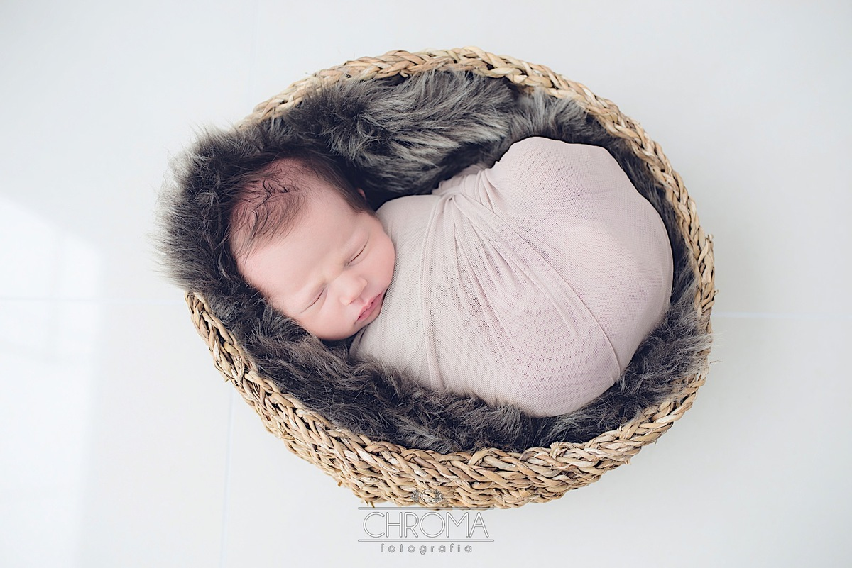 Imagem capa - Recém-nascido: quando e como visitar? por Chroma Fotografia