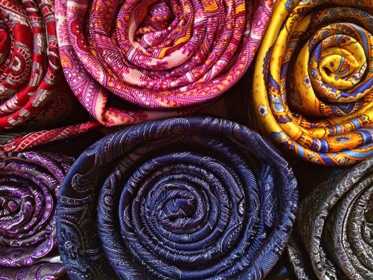 Imagem capa - Qual gravata escolher para o seu casamento? Conheça os modelos! por Nikollas Campos