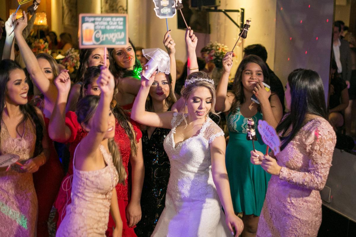 Imagem capa - Detalhes do Casamento: Papelaria e Hashtag por Nikollas Campos