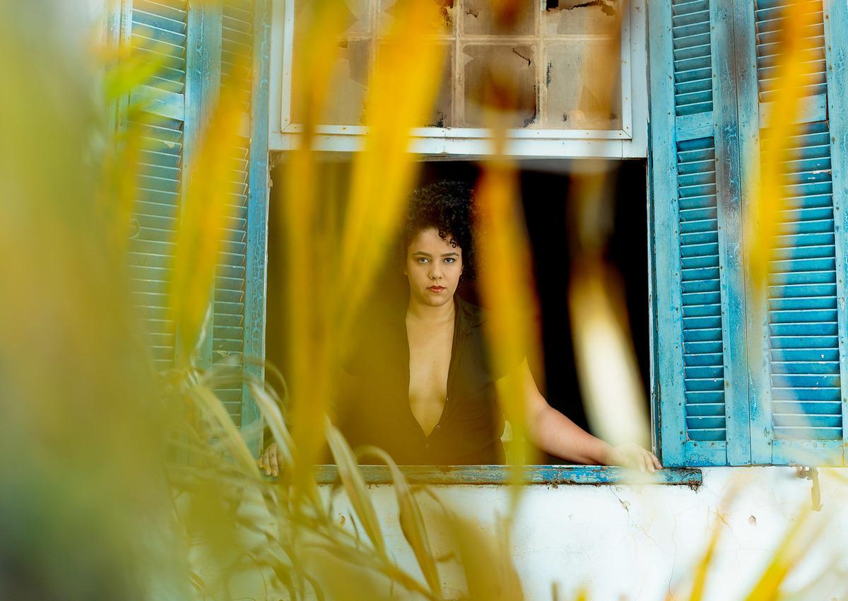 Imagem capa - Ensaio Fotográfico Feminino na Usina Santa Bárbara: Jéssica Souza por Wellington Arruda