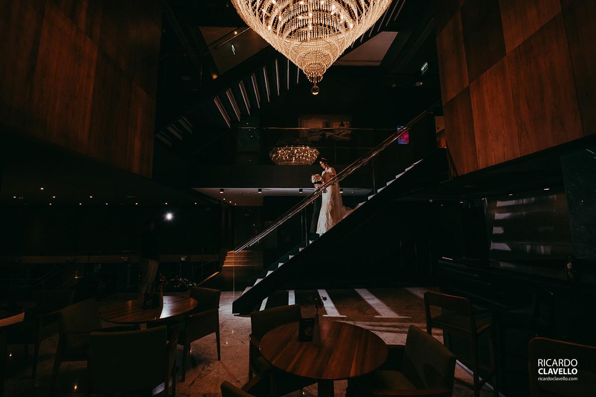 noiva se arrumando no Hotel H Niterói fotografo de casamentos , fotografo juiz de fora , fotografo de casamento rj, fotógrafo de casamento niteroide casamentos rj