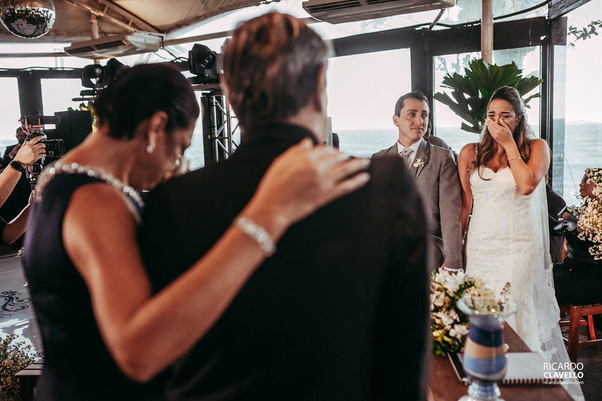 momento de emoção no casamento fotografo de casamentos , fotografo juiz de fora , fotografo de casamento rj, fotógrafo de casamento niteroi
