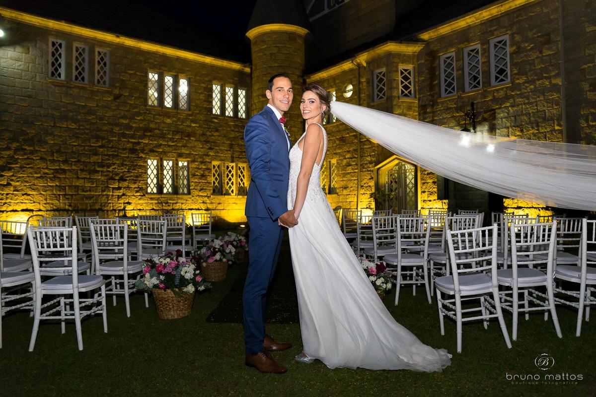 Imagem capa - Carol e André no blog Eu Amo Casamento  por Bruno Mattos Fotografia