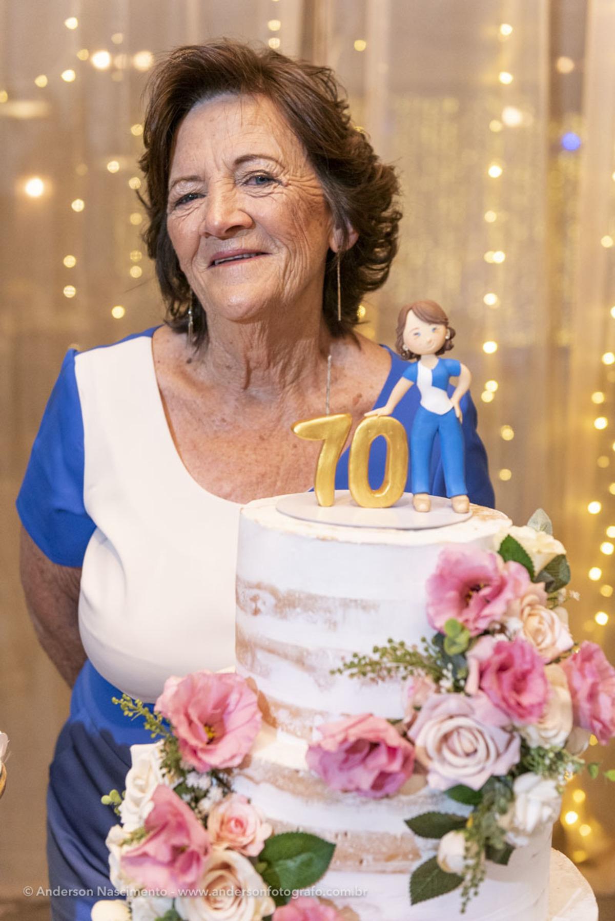 foto-posada-aniversario-70-anos-bolo-buffet-villa-da-mooca