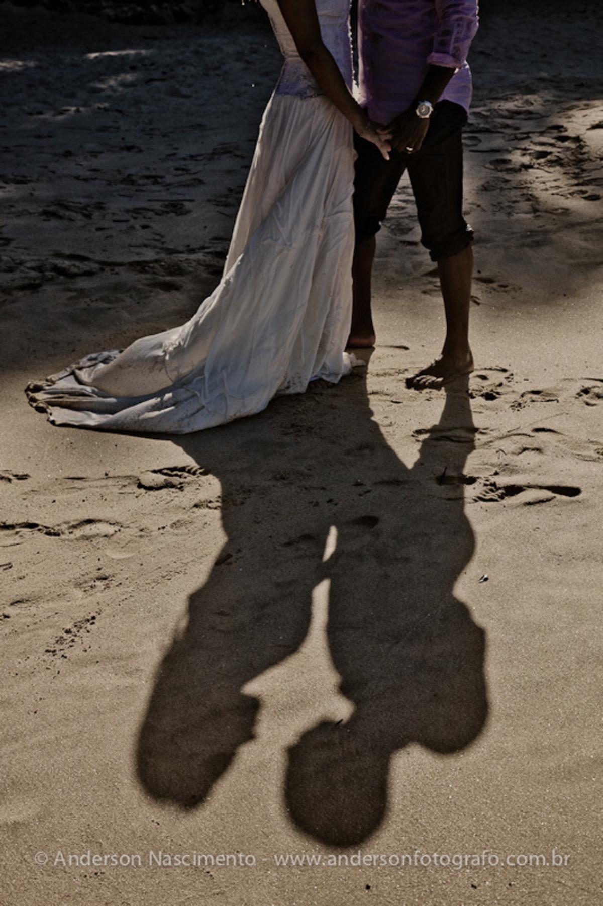 sombra-noivos-areia-praia-eden-guaruja