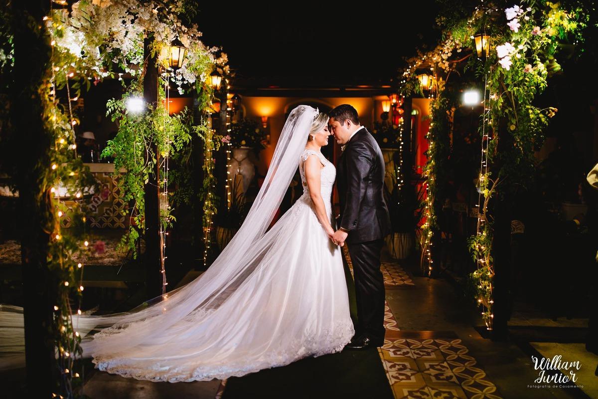Imagem capa - Como Economizar na Festa de Casamento por William Junior Fotografia