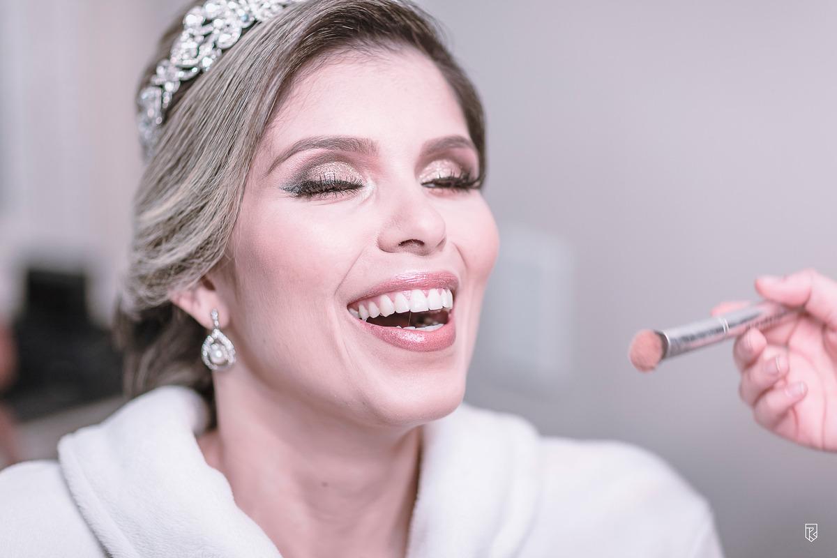 Imagem capa - O melhor tipo de make para cada noiva por RICARDO LIMA