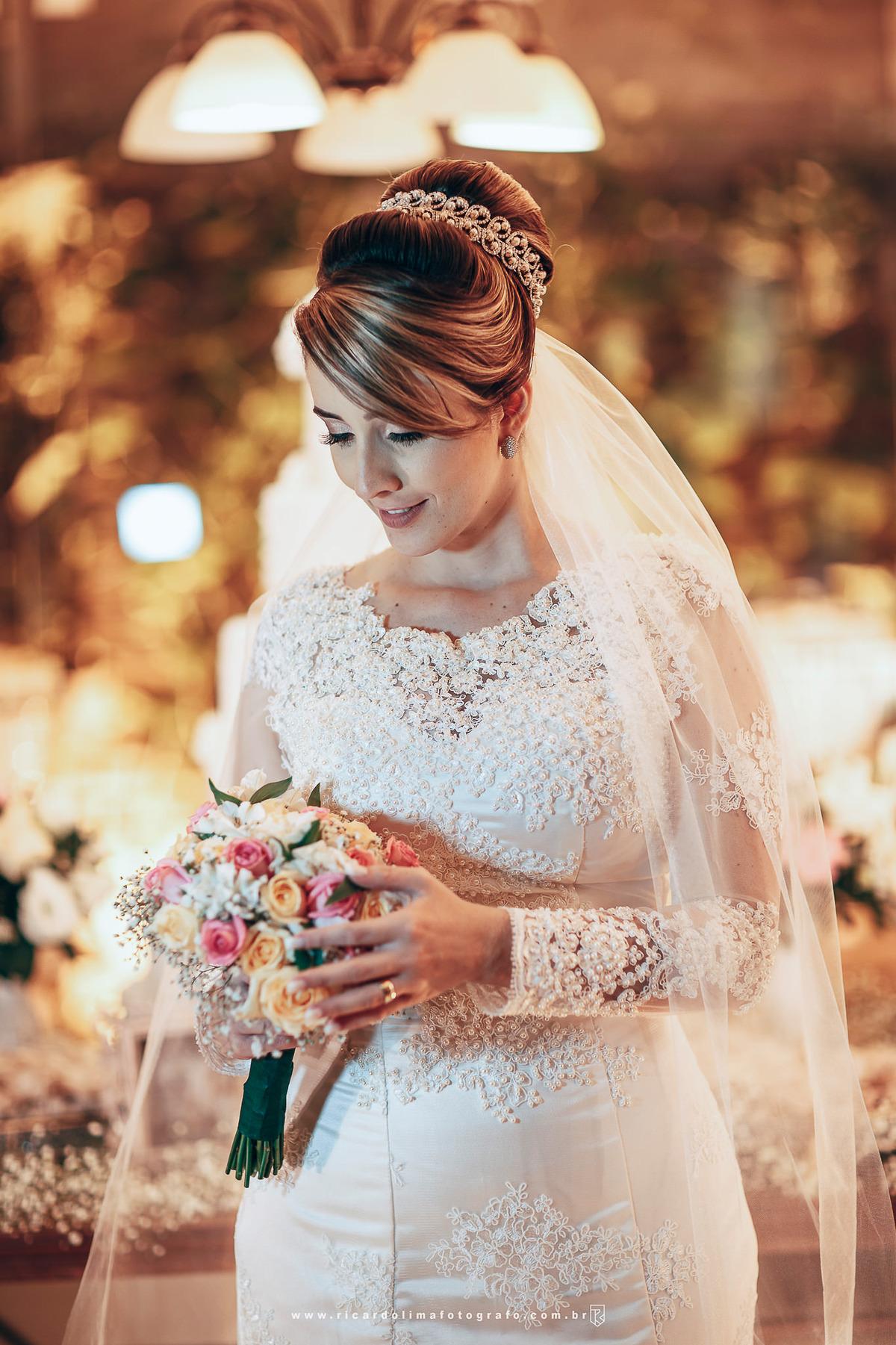 Imagem capa - Você sabe qual é seu vestido de noiva ideal? por RICARDO LIMA