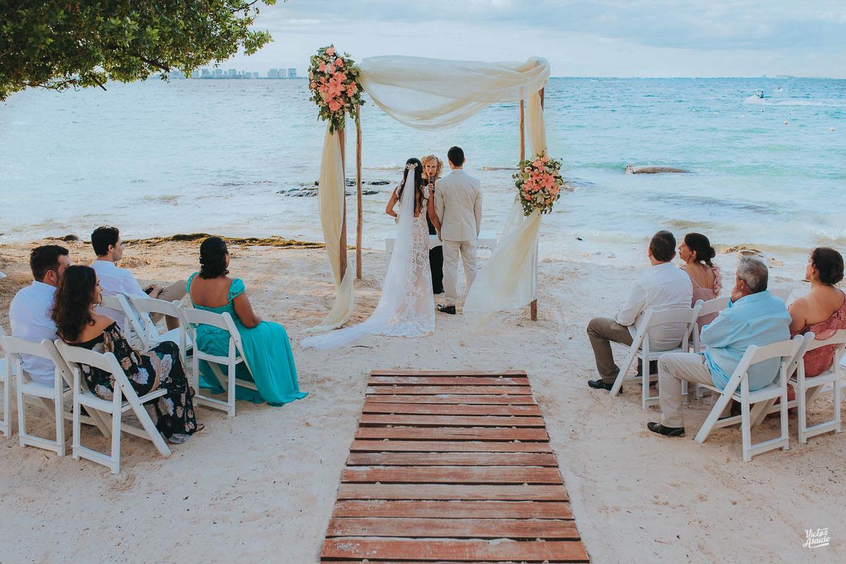 Casamento em Cancún, México, Casar fora do Brasil