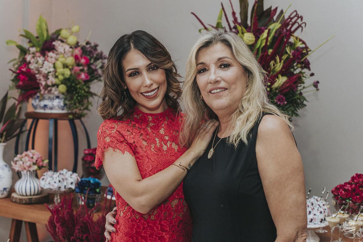 Mae Malu e Bella Falconi no aniversário em Belo Horizonte