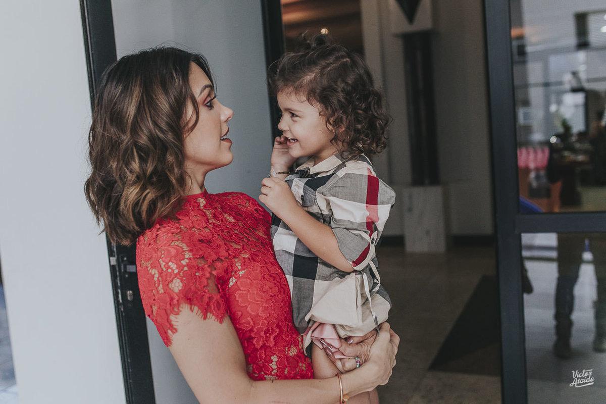 Mamãe Bella Falconi e Stella, mãe e filha, aniversário