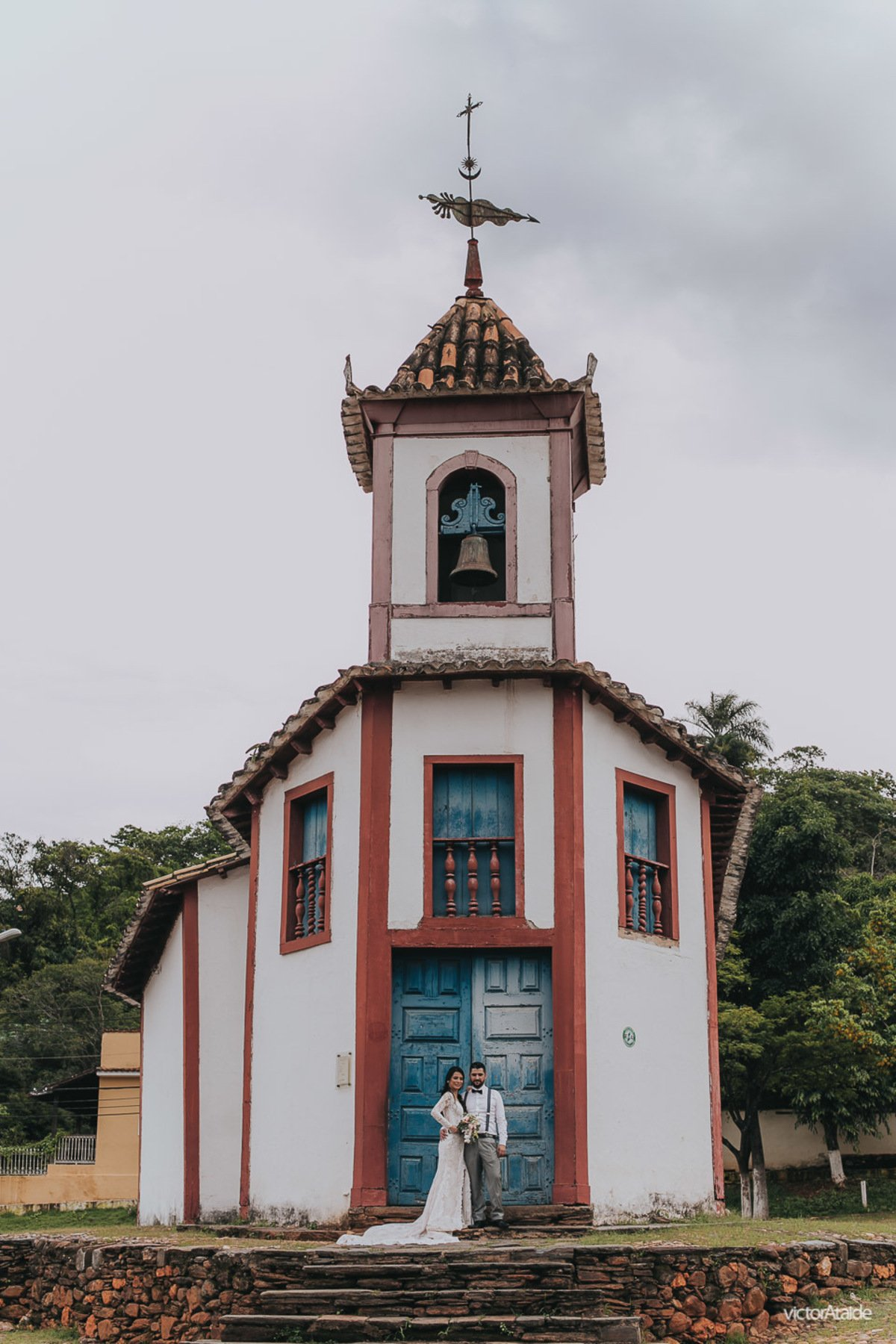 igreja do ó, sabará, minas gerais, local para ensaio fotográfico, victor ataide, casamento, pós-casamento, casamento em bh