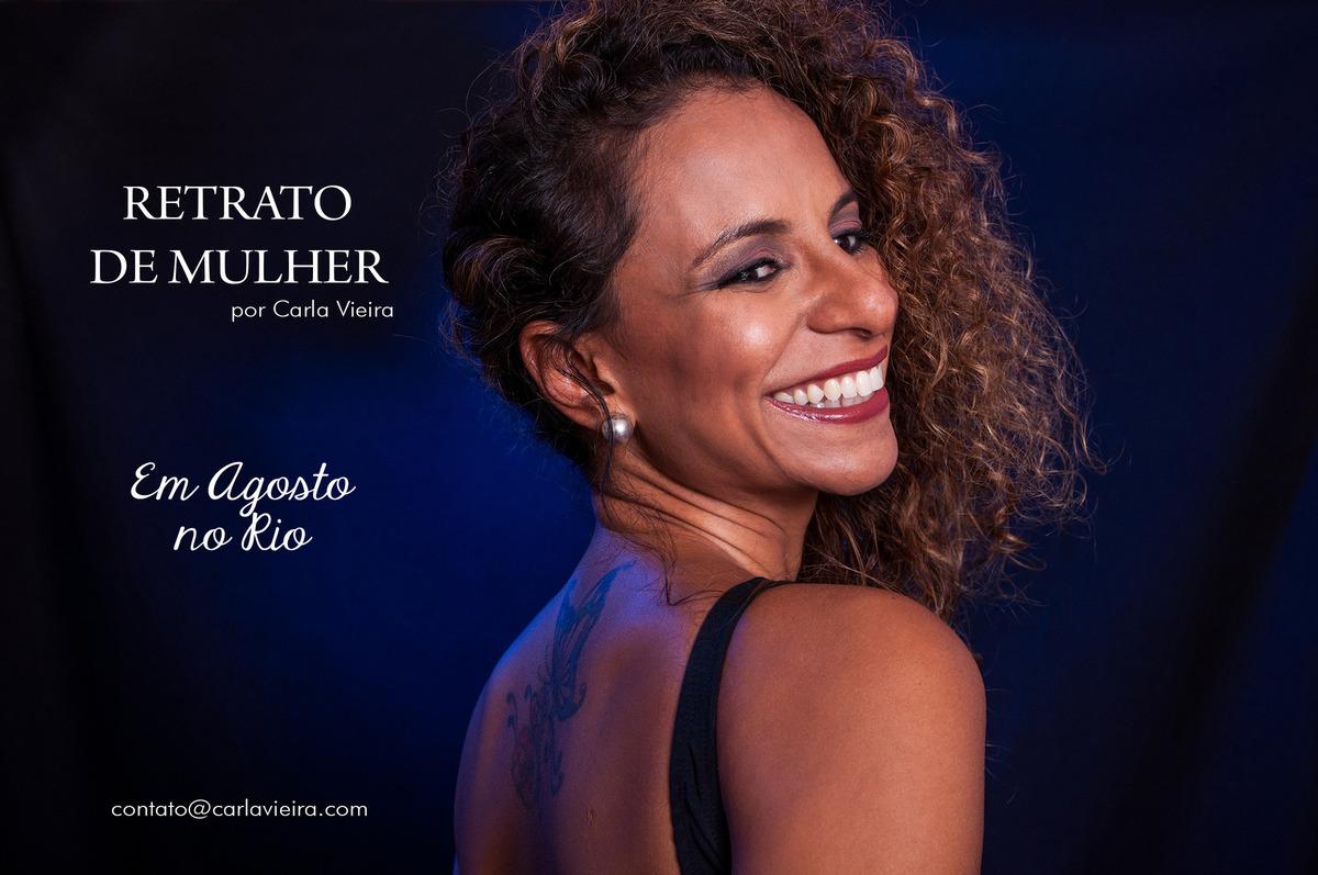 Imagem capa - Em Agosto no Rio por Carla Vieira