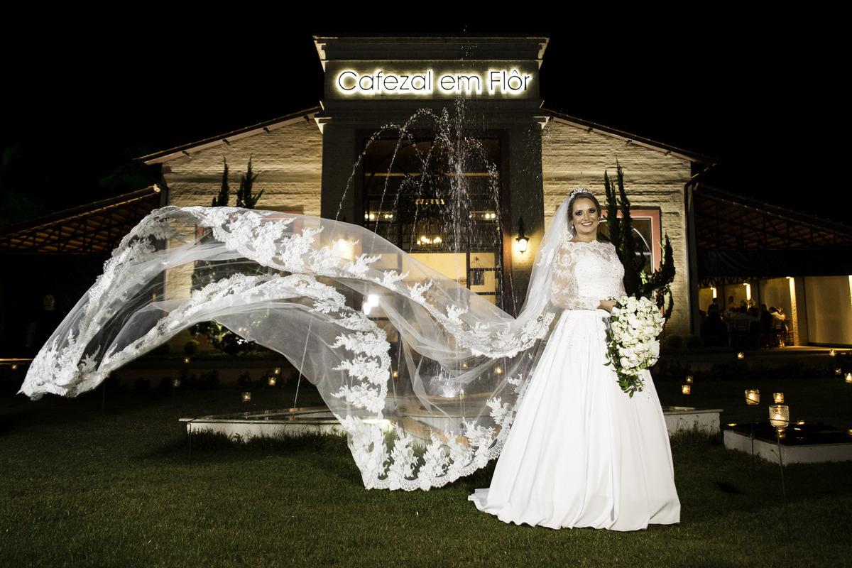 Imagem capa - Tradição do casamento | Véu da noiva por F5 - Fotografia