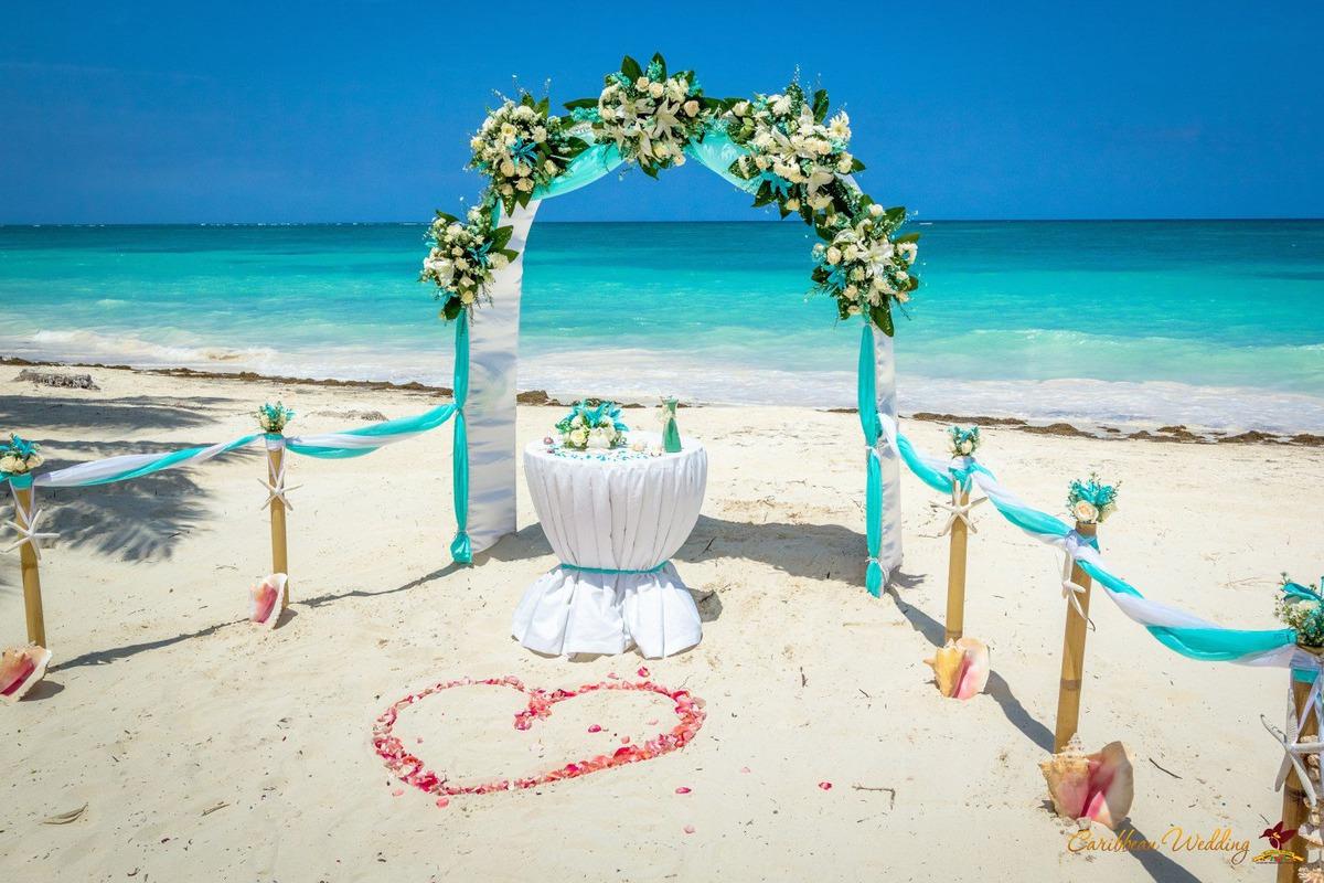 Imagem capa - Como organizar um casamento na praia por Gabriel Kolher Fotografia
