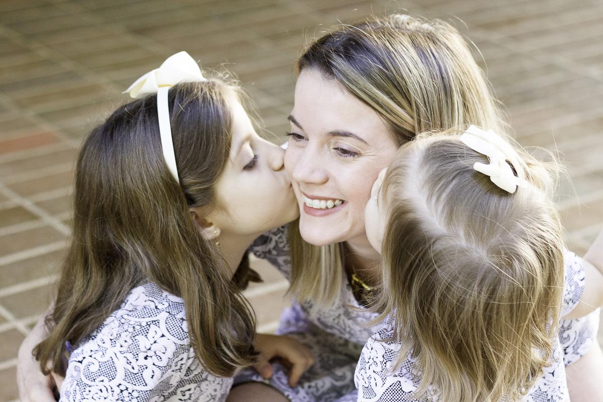 Imagem capa - Tal mãe, tal filhas | Ensaio por mariana monteiro