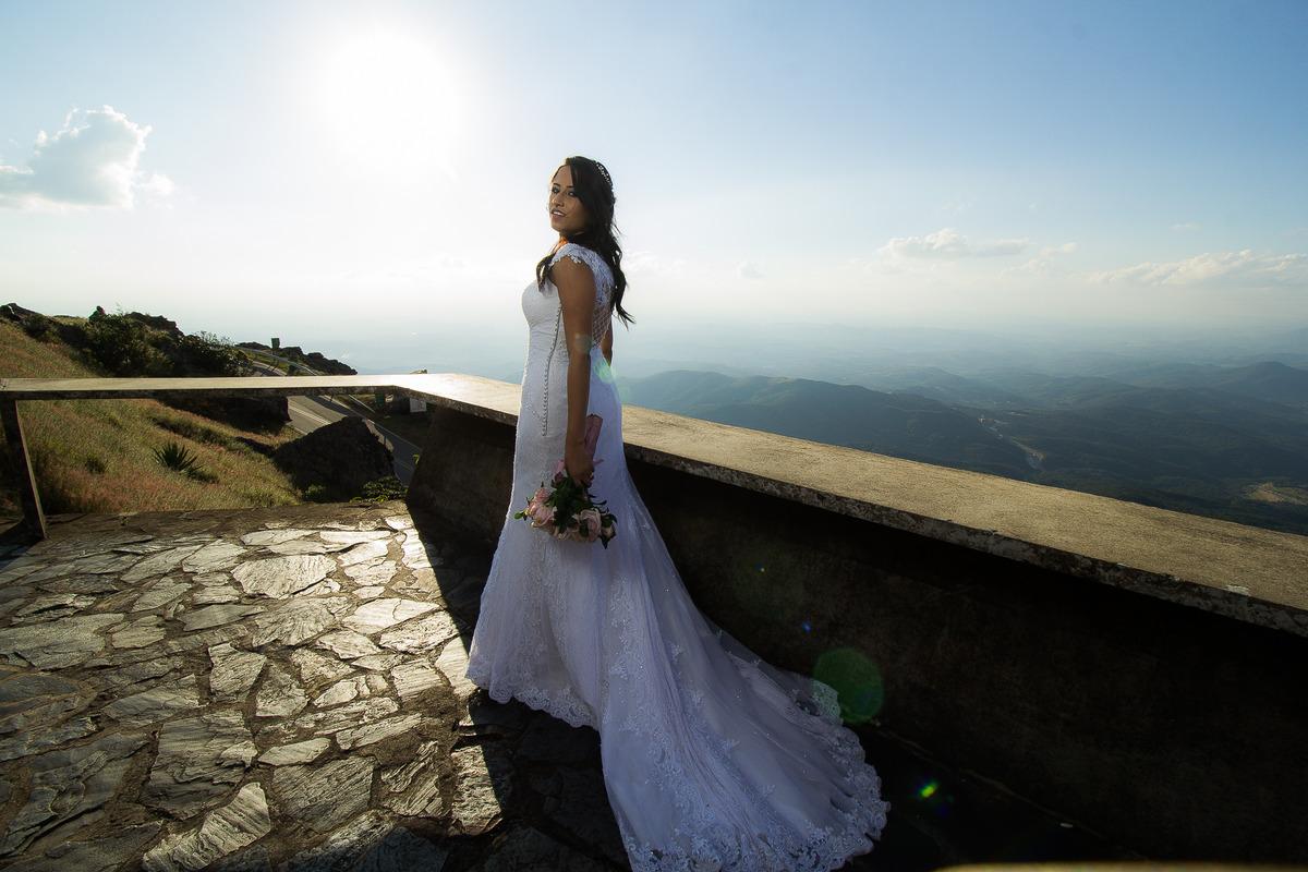 Imagem capa - A origem do vestido de noiva branco por Guilherme Gonçalves