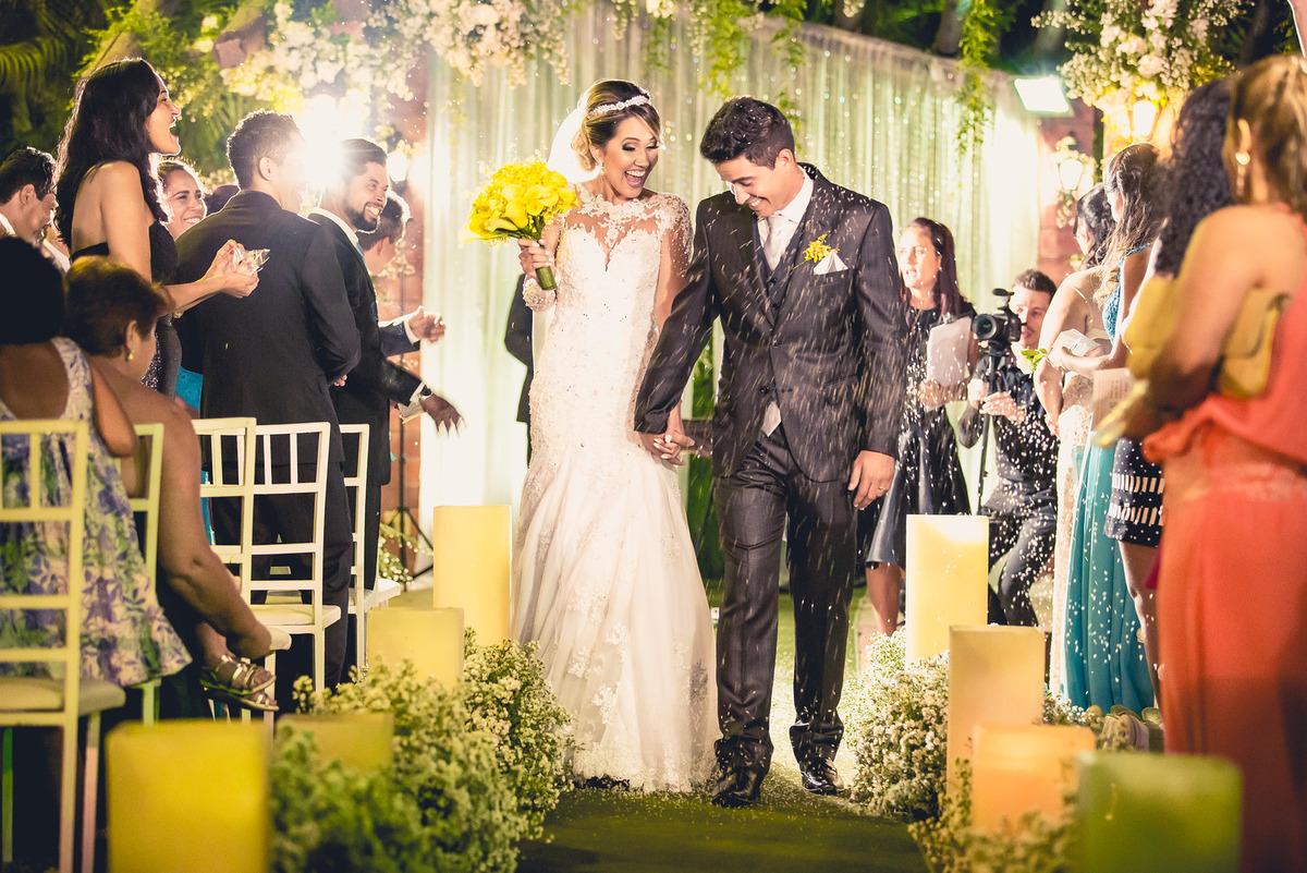 Imagem capa - 5 sinais de PERIGO ao contratar fornecedores de casamento por Rodrigo Lana