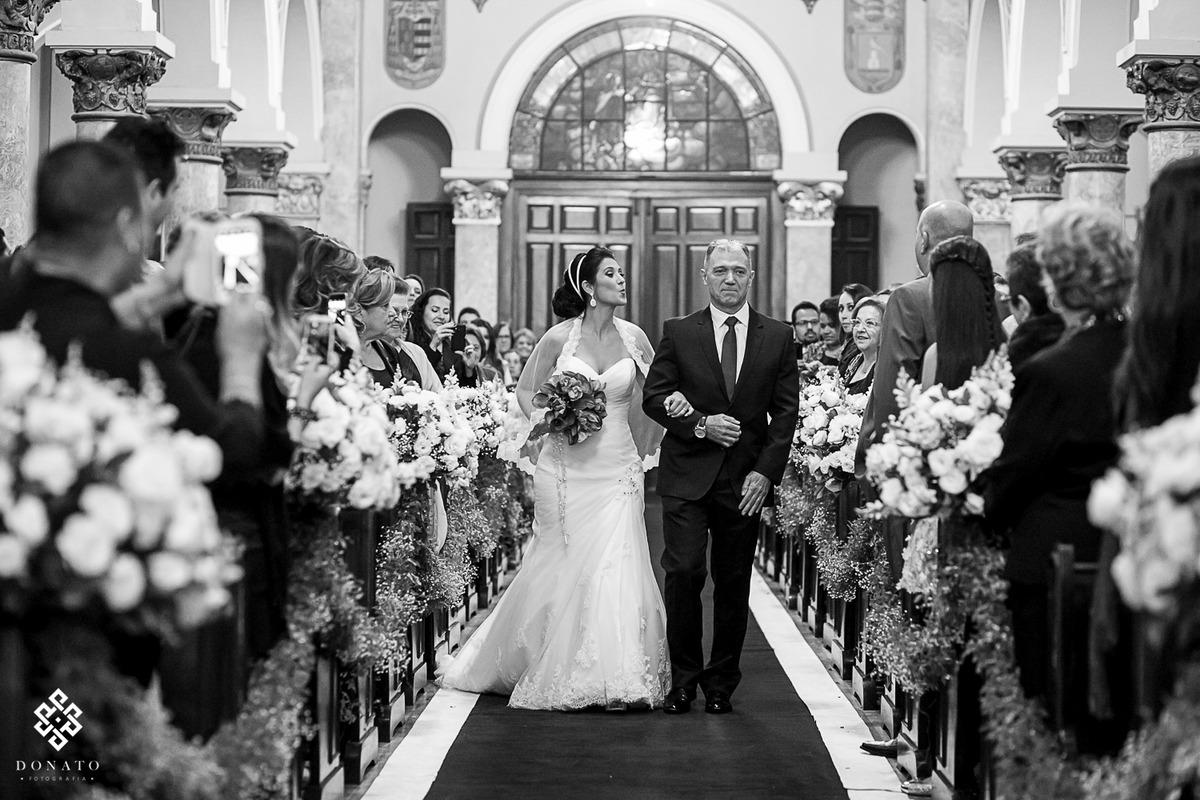 Imagem capa - Tipos de Casamento - Casamento Católico por Leandro Donato Fotografia