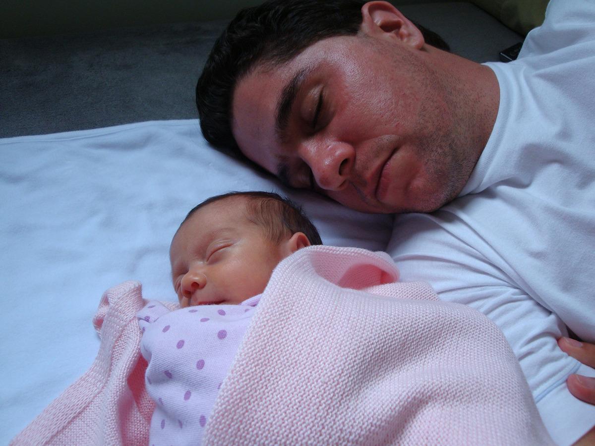 Imagem capa - Puerpério - 12 dicas para o novo pai no pós-parto por Fernando Capellato