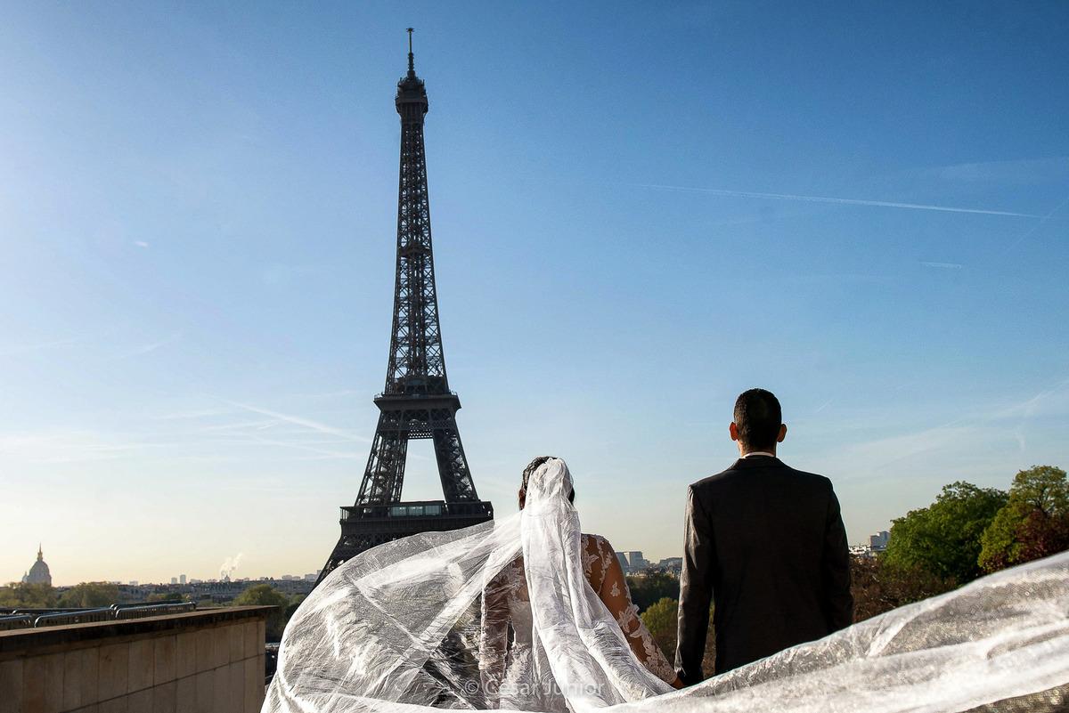 Imagem capa - Destination Paris por CESAR JUNIOR FOTOGRAFIA