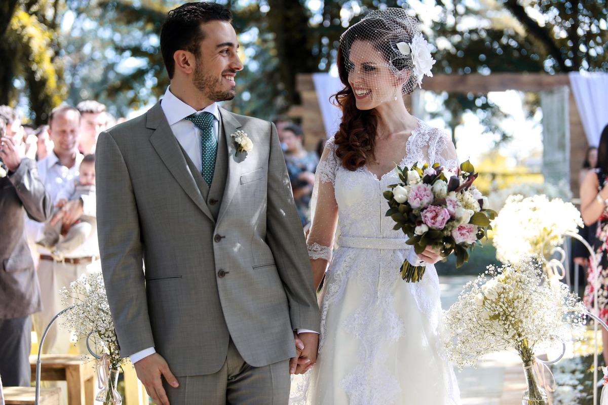 Imagem capa - Traje do noivo... tão especial quanto o da noiva! por Clebert Gustavo
