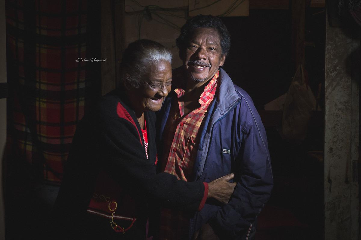 Imagem capa - Como não se emocionar, com essa Linda História de Amor. por Fotógrafo John Edgard