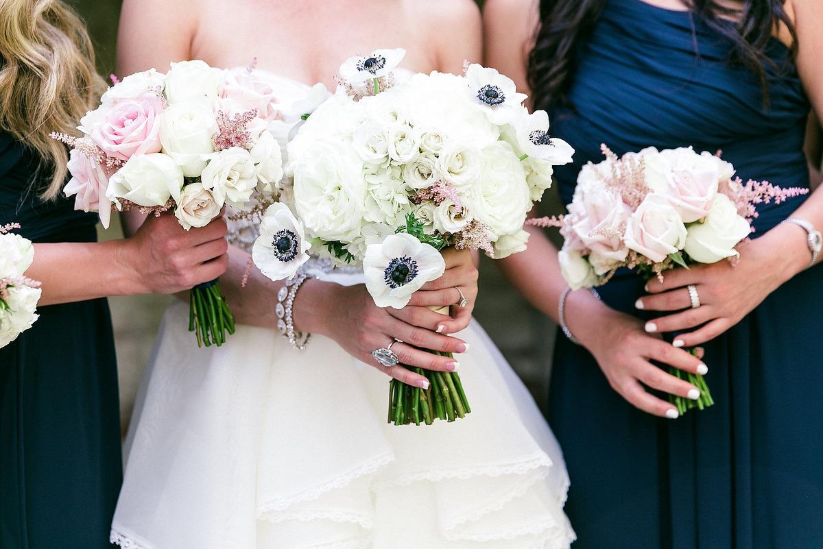 Imagem capa - Como Escolher o Buquê de Noiva? Então vai aí algumas dicas. por Fotógrafo John Edgard