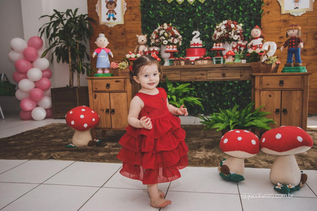 fotografia infantil porto alegre festa em sapiranga chapeuzinho vermelho brenda jac oliveira fotografa