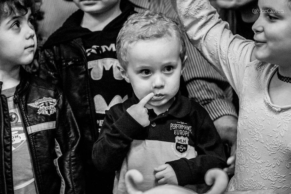fotógrafo em porto alegre infantil eventos aniversarios menino na hora do parabéns