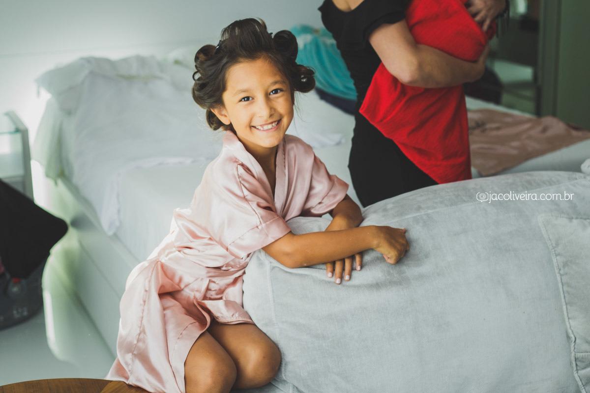 daminha filha da noiva casamento porto alegre robe rosa