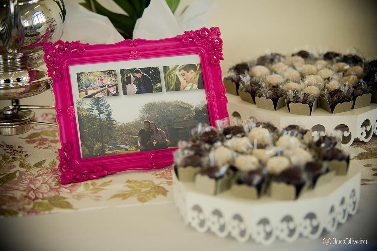 fotos na mesa de doce casamento