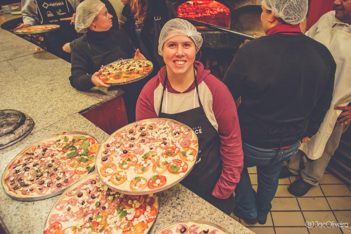grupo gourmet pertence porto alegre fazendo pizza no fratello