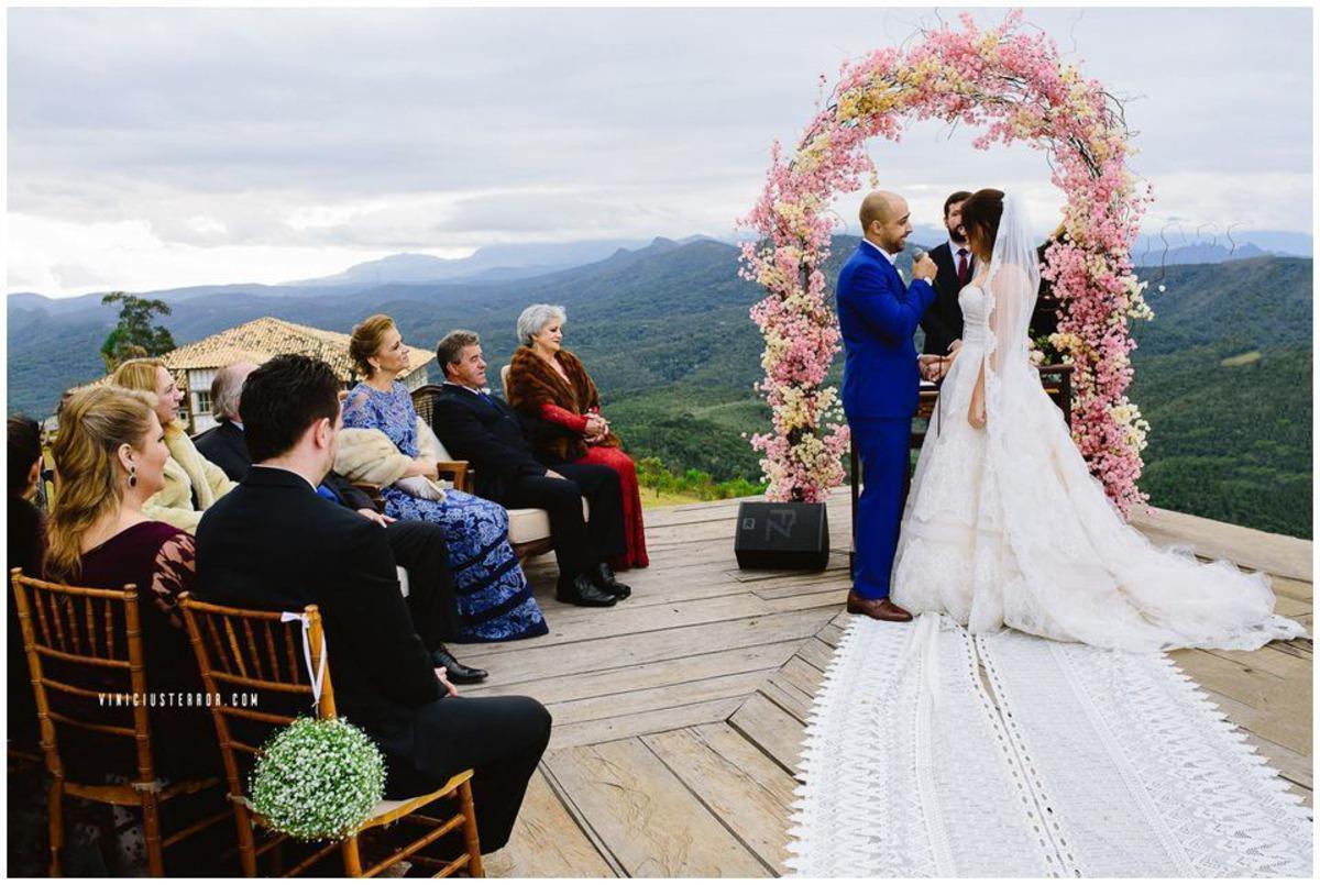 casamento no deck do hotel relicario em ouro preto