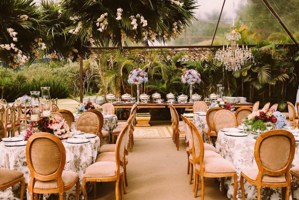 decoração para casamento ao ar livre em tiradentes