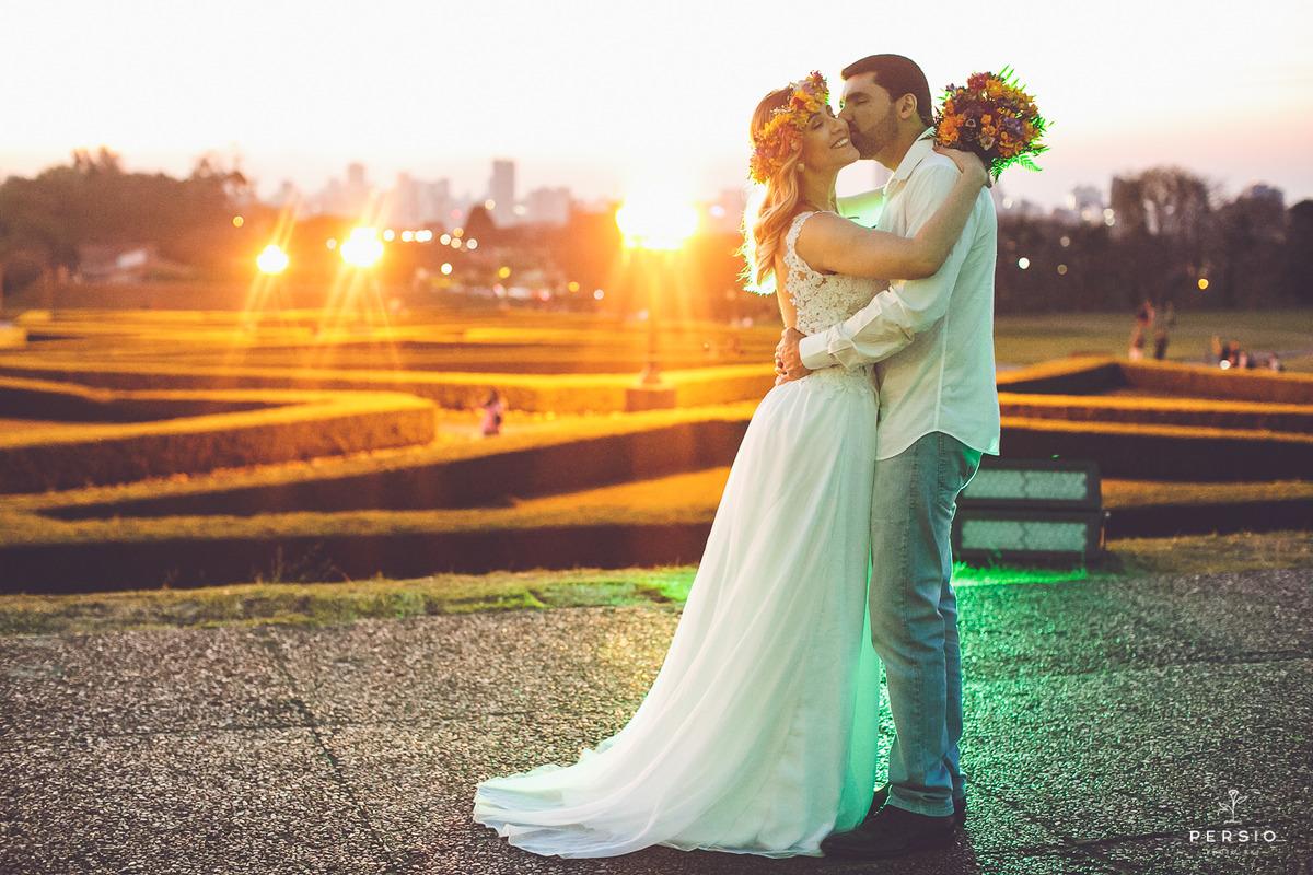 Imagem capa - Conheça Curitiba durante as suas férias ou a sua lua de mel, e ainda leve fotos incríveis da sua viagem! por Raphaela e Heliel Persio