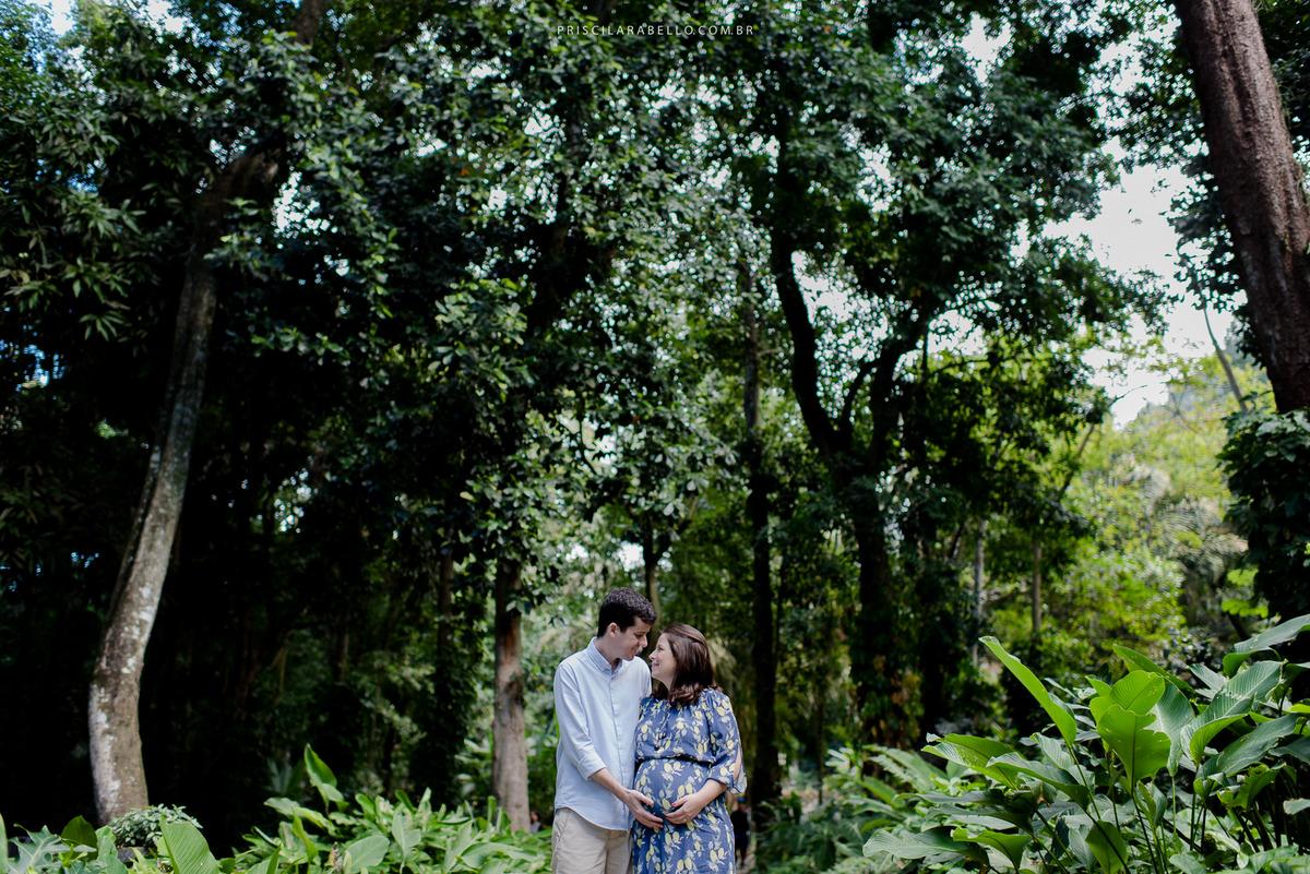 Imagem capa - Um dia de fotos na gravidez - Letícia e Estevão por Priscila Rabello